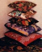 skandium-cushion.jpg